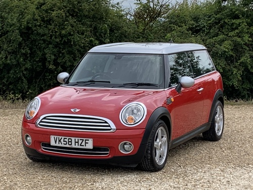 Mini Cooper Clubman 1.6 5 Door
