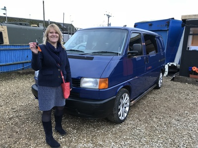 This lady bought my beloved T4 Camper..... i Sold to start the business